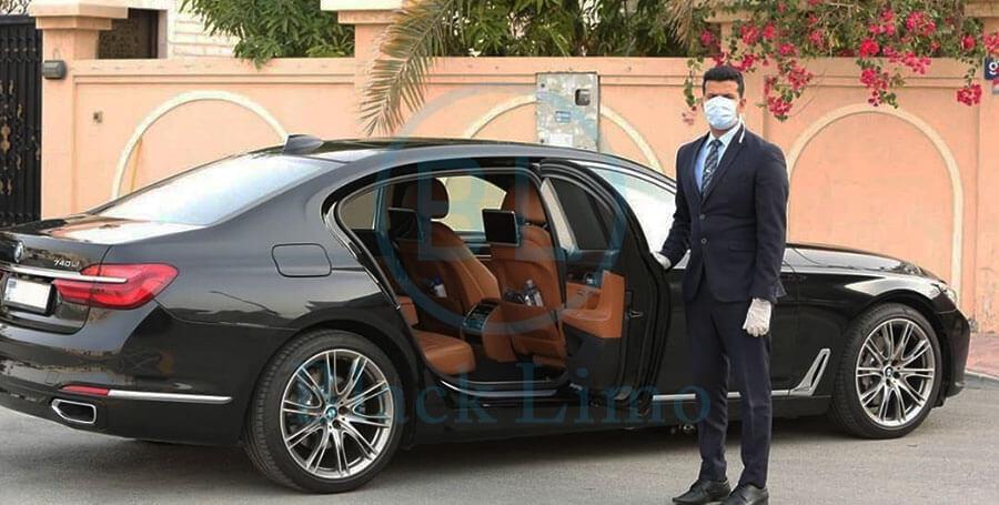 Hiring a Chauffeur Service in Dubai